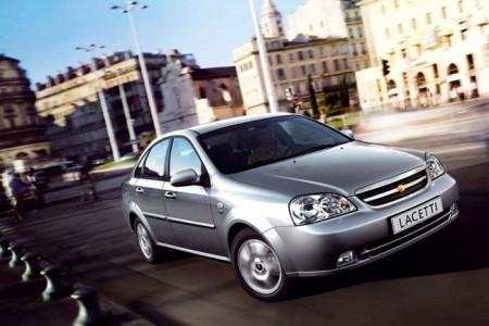 Chevrolet Lacetti: вид спереди