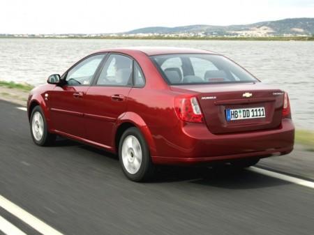 Chevrolet Lacetti: вид сзади