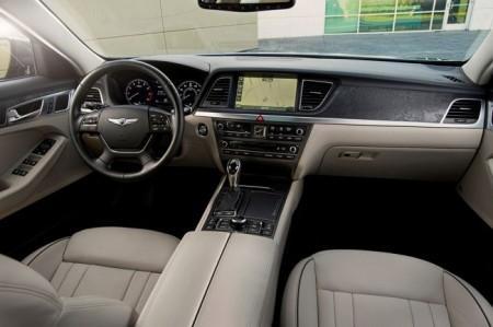 Hyundai Genesis 2: салон