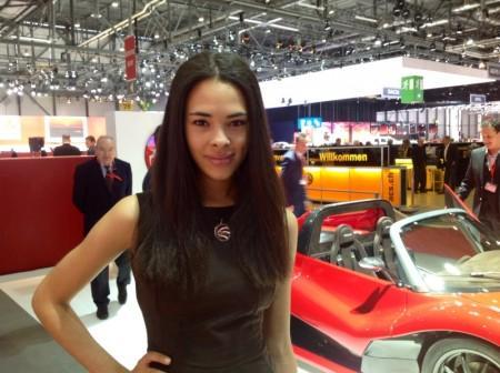 Девушки Женевского автосалона-2014-6