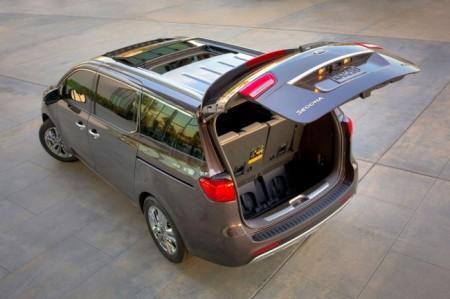 Киа Карнивал 2015: багажник