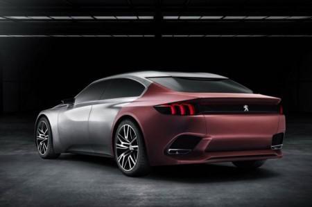 Peugeot Exalt Concept: вид сзади