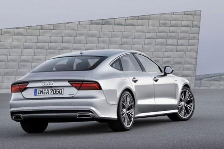 Audi A7 Sportback 2015: вид сзади