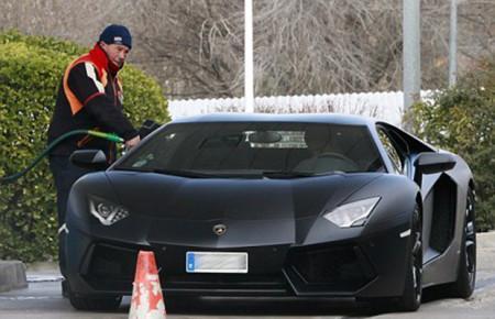 Автомобили известных футболистов1