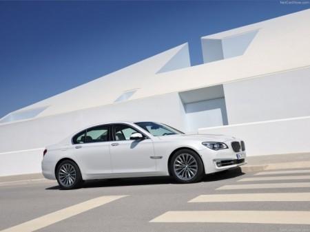 BMW 7-Series (F01): экстерьер