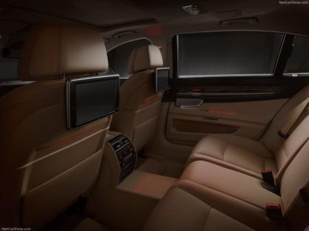 BMW 7-Series (F01 и F02): интерьер