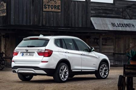 BMW X3 (F25) 2015: вид сзади
