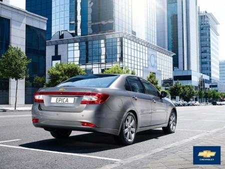 Chevrolet Epica: вид сзади