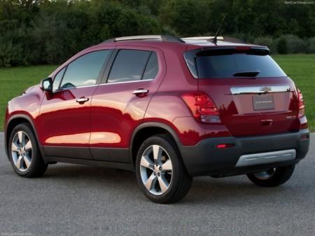 Chevrolet Tracker: вид сзади