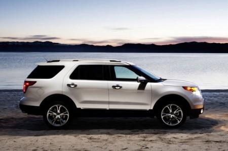 Ford Explorer 5: вид сбоку