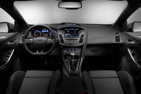 Форд Фокус СТ 2015: салон