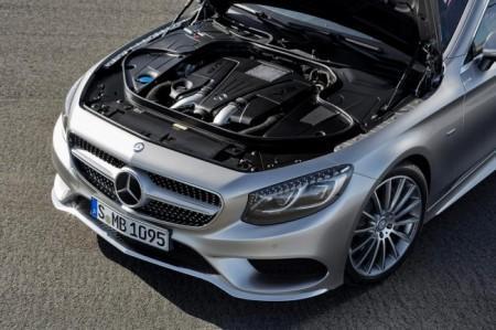 Mercedes S-Class Coupe (C217):  двигатель