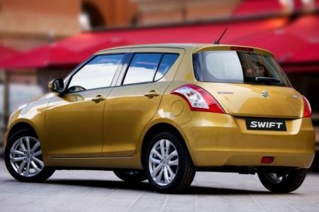 Suzuki Swift 2014: вид сзади