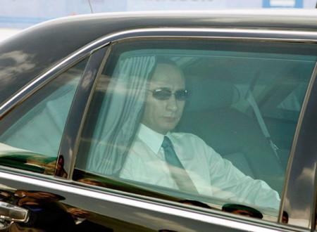 Автомобиль Мерседес Путина