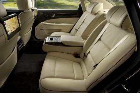 Hyundai Equus: интерьер