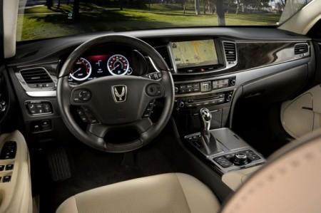 Hyundai Equus: салон