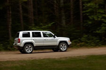 Jeep Liberty: вид сбоку