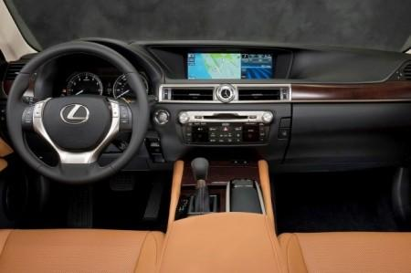 Lexus GS L10: салон