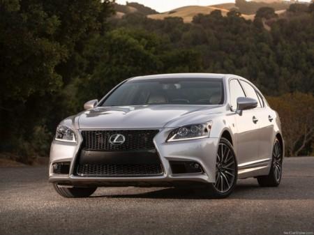 Lexus LS: передняя оптика