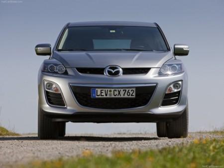 Mazda СХ-7: вид спереди