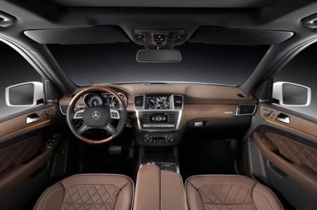 Mercedes ML W166: салон