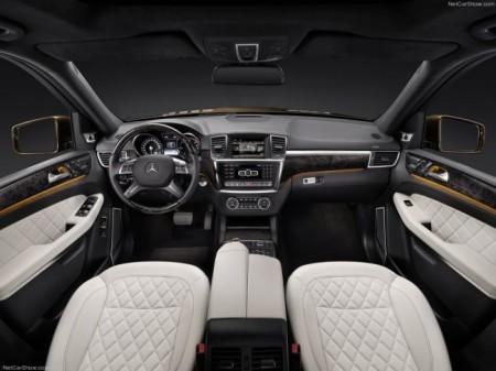 Mercedes GL (X166): салон