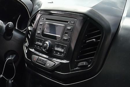 центральная консоль Lada XRay