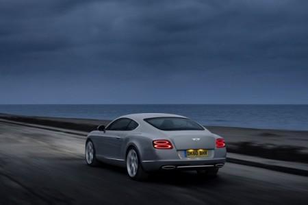 Bentley Continental GT 2: вид сзади