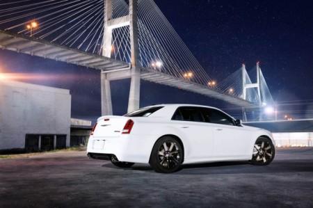 Chrysler 300C SRT8: экстерьер