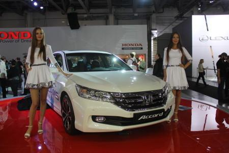Honda Accord рестайлинг 2015 на ММАС-2014