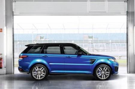Range Rover Sport SVR: вид сбоку