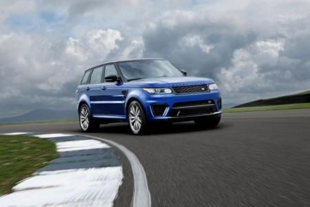Range Rover Sport SVR: вид спереди