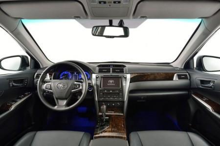 Toyota Camry 2015 европейский салон