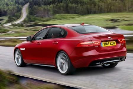 Jaguar XE: экстерьер