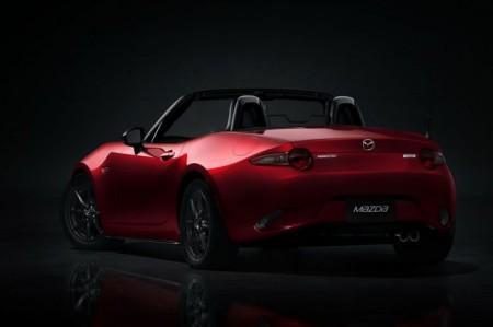 Mazda MX-5 2015: экстерьер