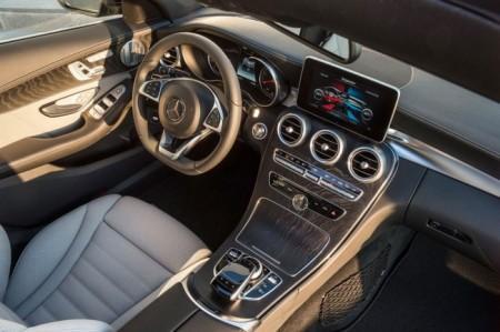Mercedes C-Class Estate: салон
