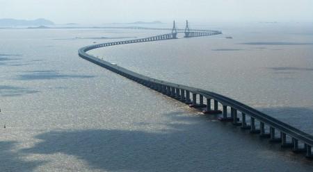 Большой трансокеанский мост над заливом Ханчжоувань, Китай