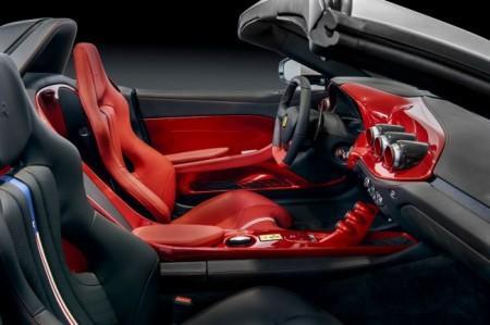 Ferrari F60 America интерьер
