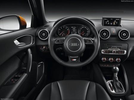 Audi A1 Sportback 2015 салон