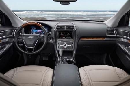 Ford Explorer 2016 салон