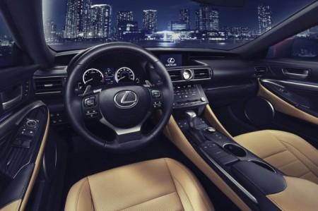 Lexus RC 2015 салон