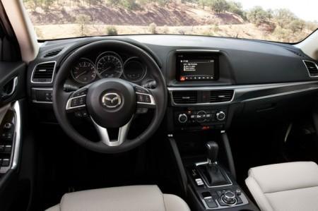 Mazda CX-5 2015 салон