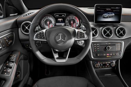 Mercedes CLA Shooting Brake салон