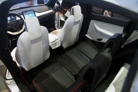 Tesla Model S интерьер