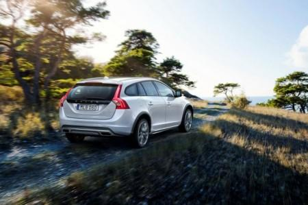 Volvo V60 Cross Country экстерьер