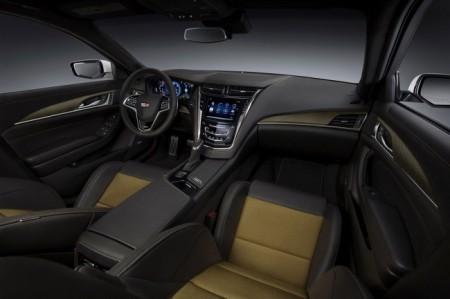 Cadillac CTS-V салон