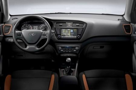 Hyundai i20 Coupe салон