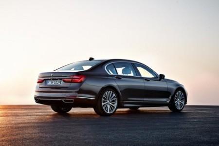 BMW 7-Series в новом кузове G11