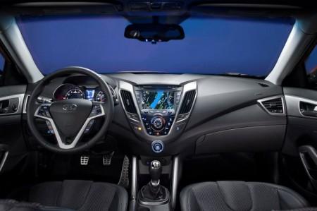 Hyundai Veloster салон