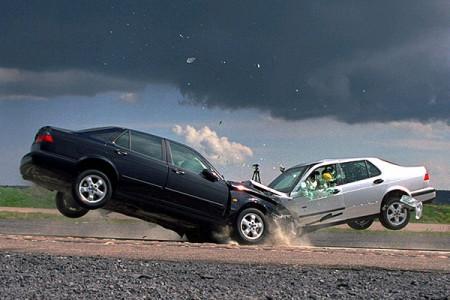 Самые опасные и безопасные автомобили